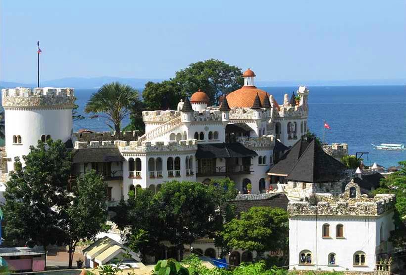 Tropicana Castle Puerto Galera