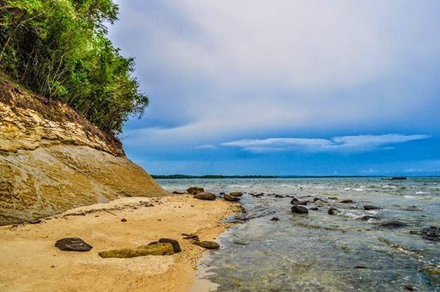 dampalitan island Quezon beach
