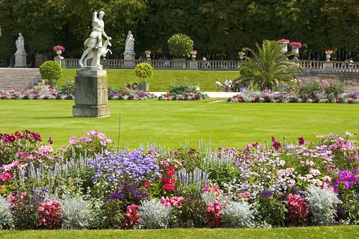 France spring garden