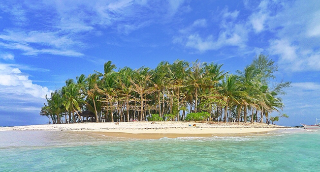 island beach destination in Siargao