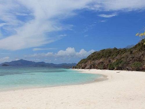Malcapuya Island beach Coron